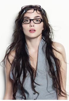 miss blog quelles lunettes pour quelle forme de visage choisir ses lunettes selon son visage. Black Bedroom Furniture Sets. Home Design Ideas