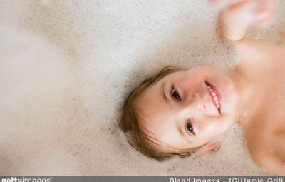 apprendre-regles-hygiene-enfant-proprete-education