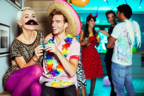Choisissez un thème pour vos soirées déguisées ! Source photo : Gettyimages